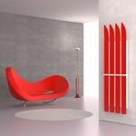 Designheizkörper Ski von K8 Radiatori in rot mit weiss